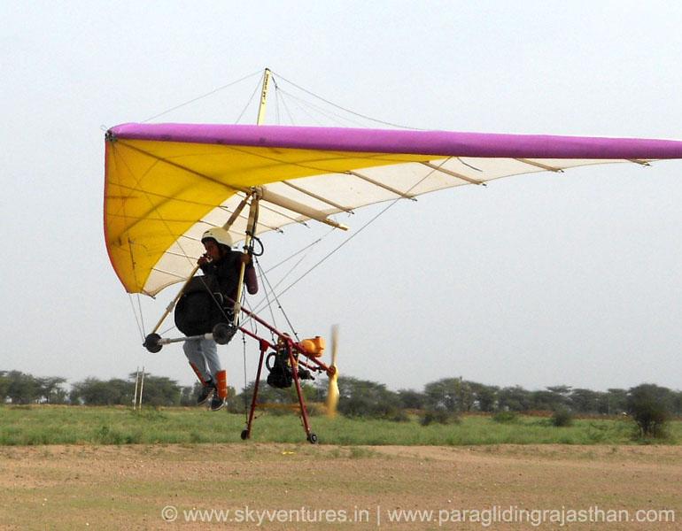 004.hang glider rajasthan india samarth sharma