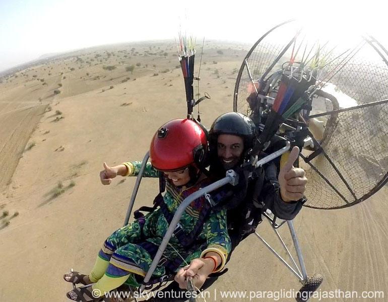 013. tandem paraglider joy ride rajasthan india jaisalmer jodhpur jaipur udaipur